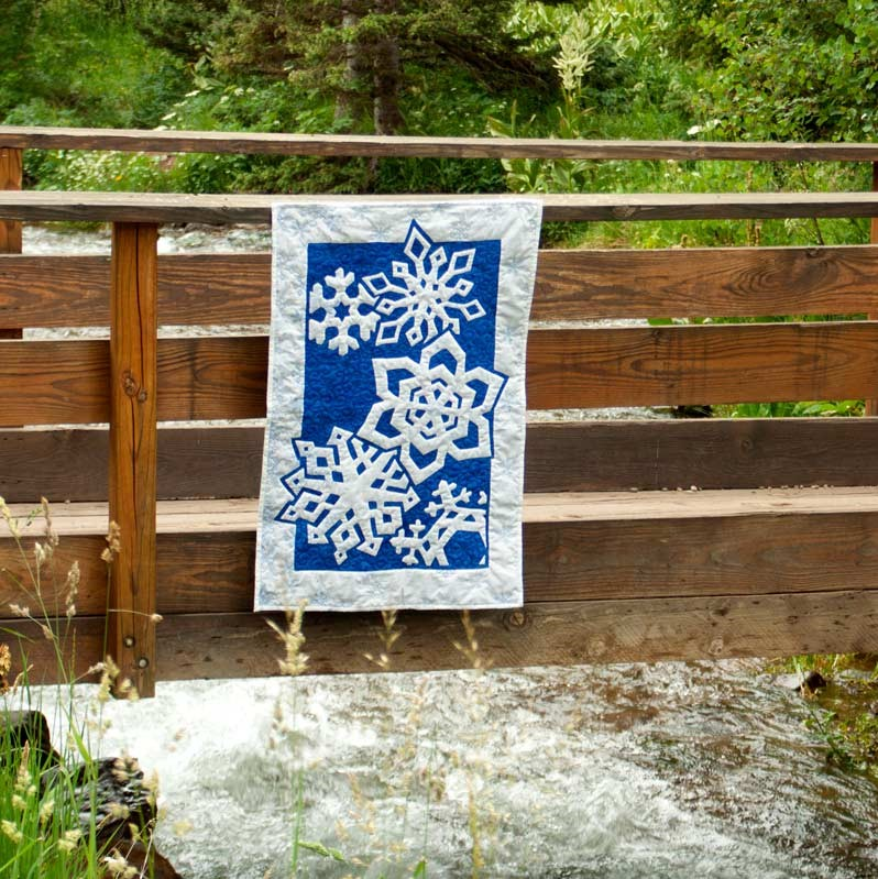 Snowflakes are Falling on my Head 2 Fabric Applique Quilt Pattern