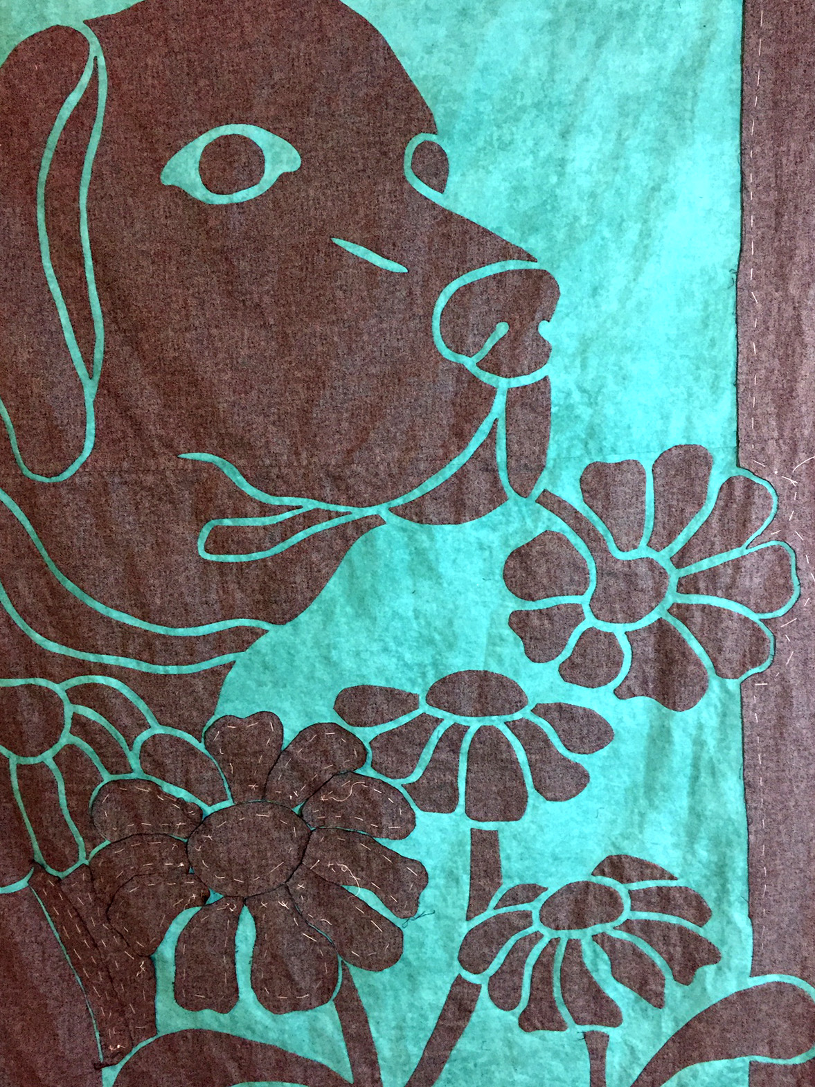 Dog Applique Quilt, Dog and Daisy