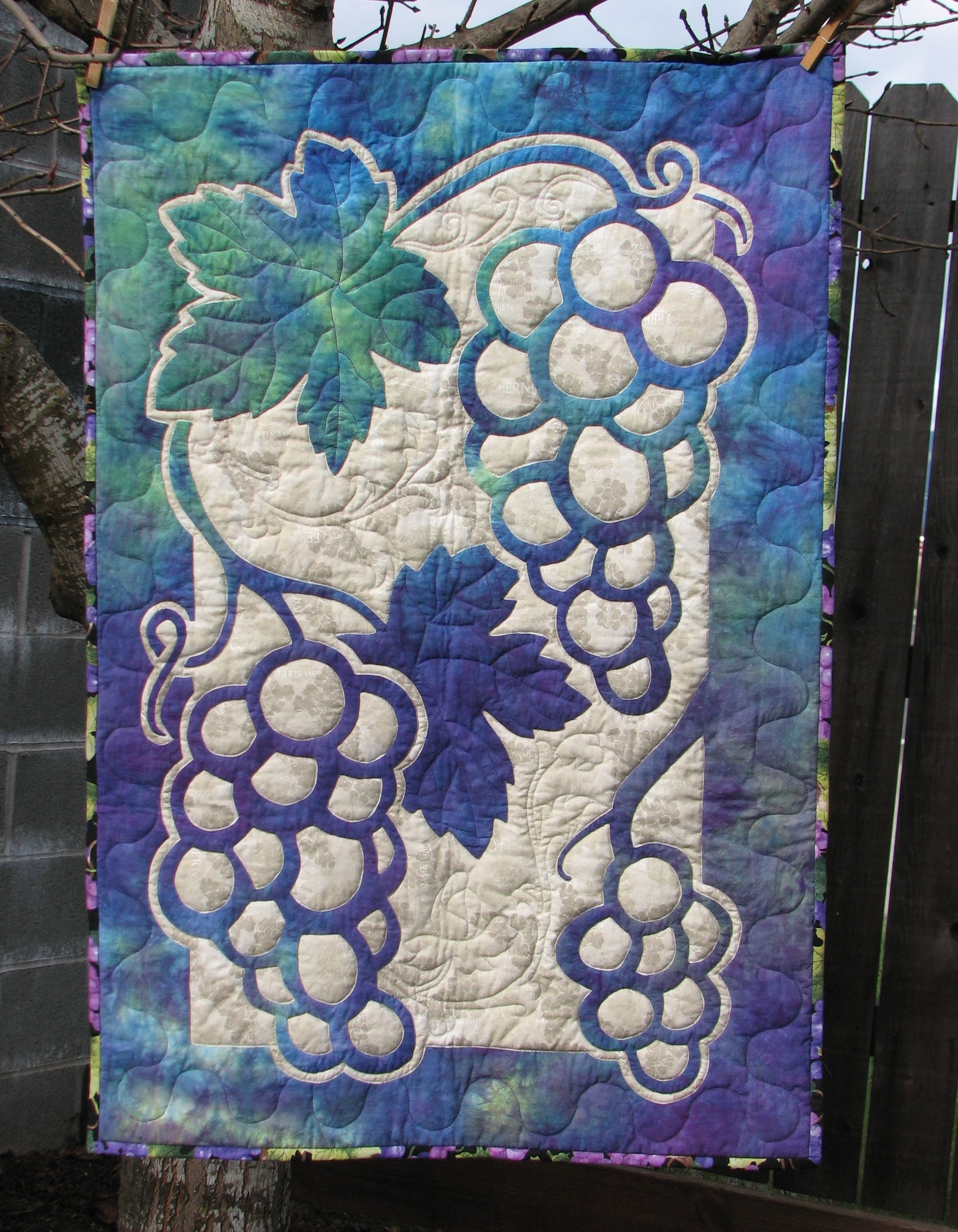 Grapes 2 Fabric Applique Quilt Pattern