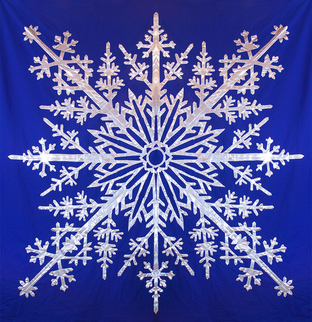 Hawaiian Snowflake Hawaiian Bed Quilt